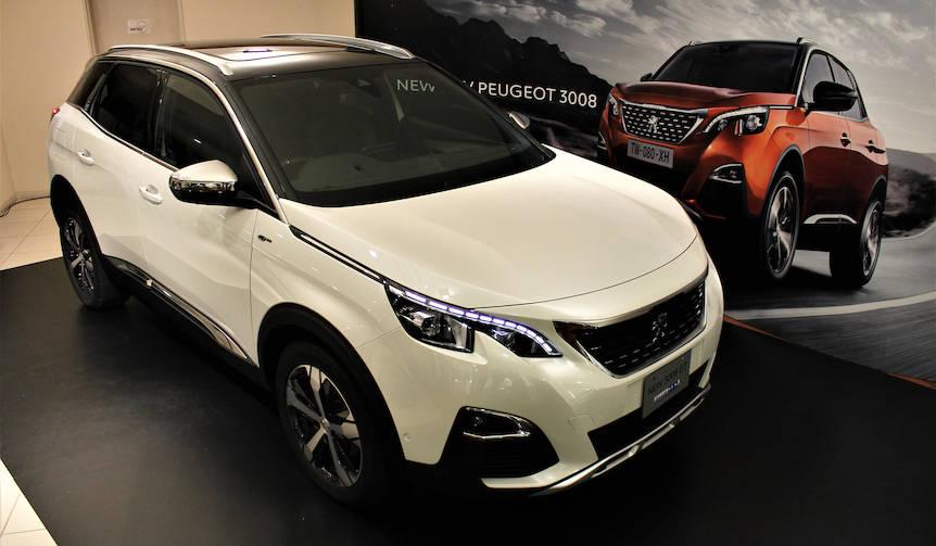 間もなく導入される新型「3008」をひと足先に公開|Peugeot
