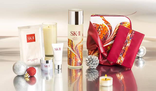 今こそエスケーツーのクリスマス限定コフレを手に入れよう!|SK-II