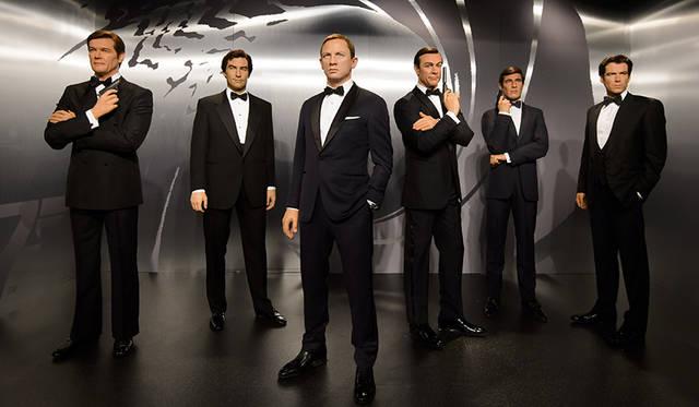 「007」歴代ジェームズ・ボンドの等身大フィギュアが店頭に登場|BARNEYS NEW YORK