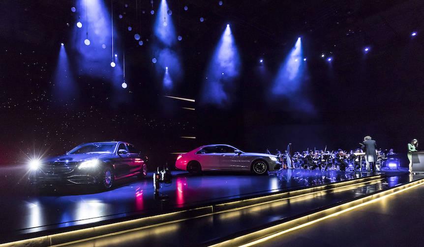 新型Sクラスを発表 Mercedes-Benz