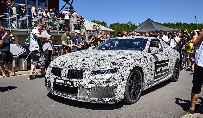 BMW、8シリーズの開発が明らかに BMW