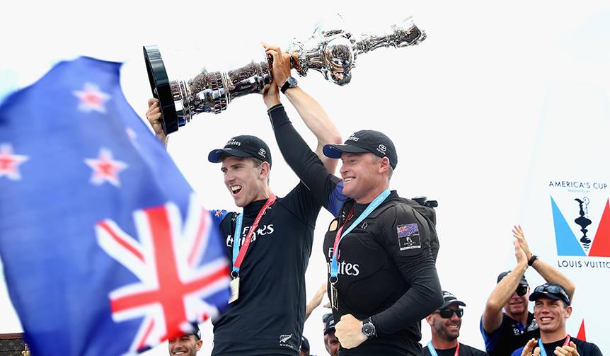 オメガが支援するチーム・ニュージーランドが第35回アメリカズカップを奪取|OMEGA