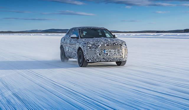 さまざまな環境下でテスト走行するEペイスの最新動画を公開|Jaguar