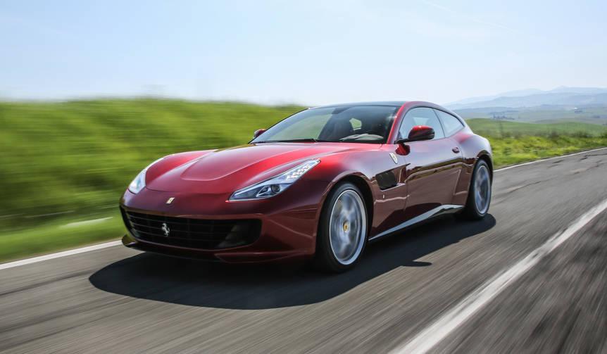 フェラーリ GTC4 ルッソTにトスカーナで試乗|Ferrari