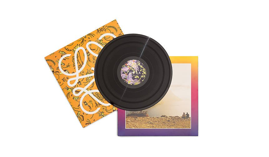 ロエベが贈る夏のミュージックトラック「Close to Paradise」|LOEWE