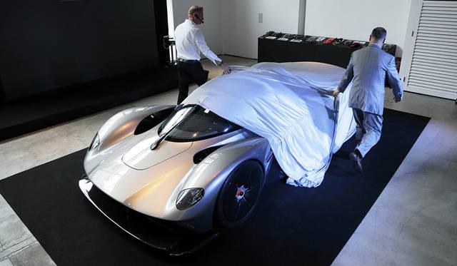 アストンマーティン ヴァルキリーのディテールを公開|Aston Martin