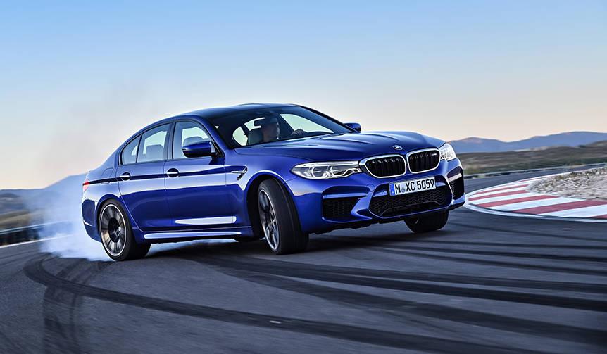 6代目にフルモデルチェンジしたM5の受注を開始 BMW
