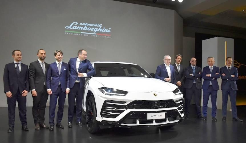 ランボルギーニのスーパーSUV「ウルス」を日本初公開 Lamborghini