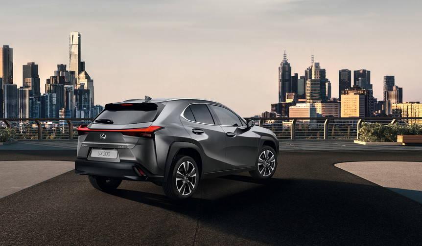 コンパクトSUV「UX」をジュネーブでワールドプレミア Lexus