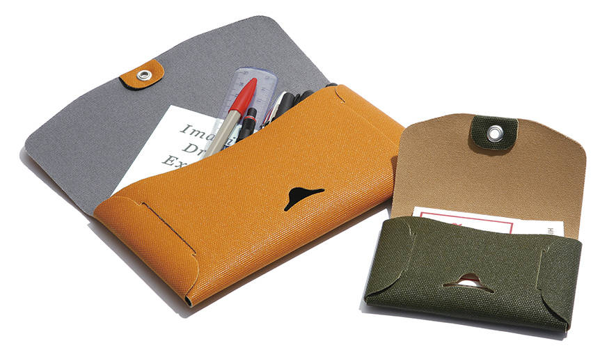 福岡県久留米のシューズメーカー「ムーンスター」が製造したカードケース|HIGHTIDE