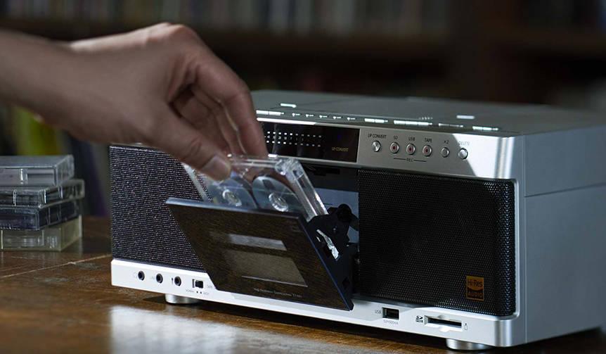 ブーム再燃のカセットテープに対応。ハイレゾラジカセ TOSHIBA Lifestyle Electronics Trading