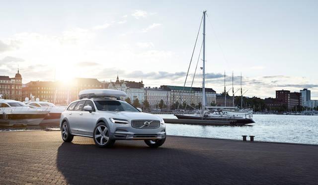 日本限定15台のV90特別限定車 Volvo