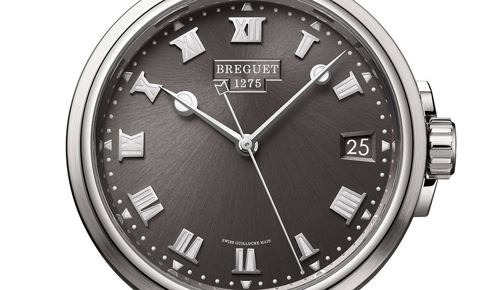 新世代を象徴する「マリーン 5517」が、バーゼルワールド2018に登場|BREGUET