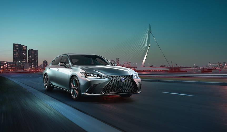 新型レクサスESを北京でワールドプレミア Lexus