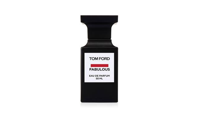 ひと吹きで惹きつけ、陶酔させる特別な香り|TOM FORD BEAUTY