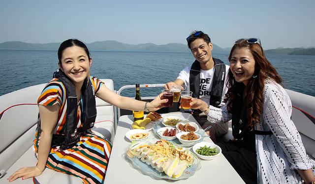 猪苗代湖と ボートと 楽しみたい仲間たち YAMAHA