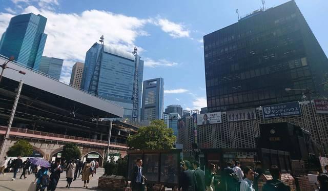 連載エッセイ|#ijichimanのぼやき 第3回「昭和の残滓が散らばるサラリーマンの街・新橋」