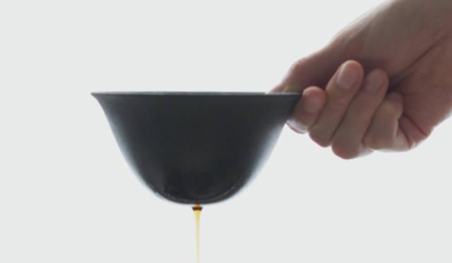 有田焼の技法を使ったドリップフィルターで、コーヒーをよりおいしく DISCOVER