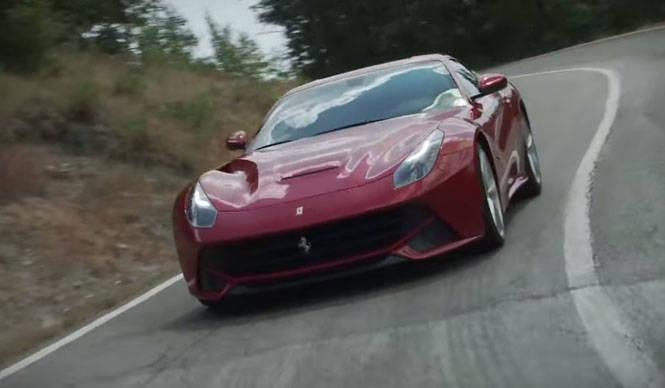フェラーリF12ベルリネッタをサーキット & 公道でテスト|Ferrari