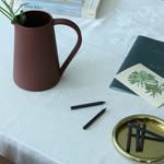 粘土の特性を熟知したスペシャリストによるピッチャー|Another Country