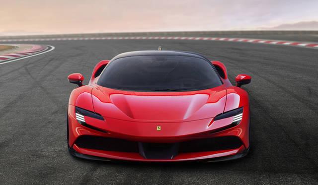 フェラーリ初のハイブリッド「SF90ストラダーレ」登場|Ferrari