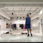 服からのインスピレーション、建築家・中村竜治のオブジェ|ISSEY MIYAKE INC. ギャラリー