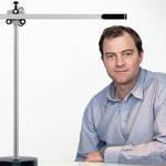 光を見つめるジェイク ダイソンが描き出すライトテクノロジーの過去・現在・未来|Dyson ギャラリー
