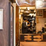 シューズデザイナー勝川永一氏が営む「THE SHOE OF LIFE」と人生の靴|H? Katsukawa from Tokyo ギャラリー