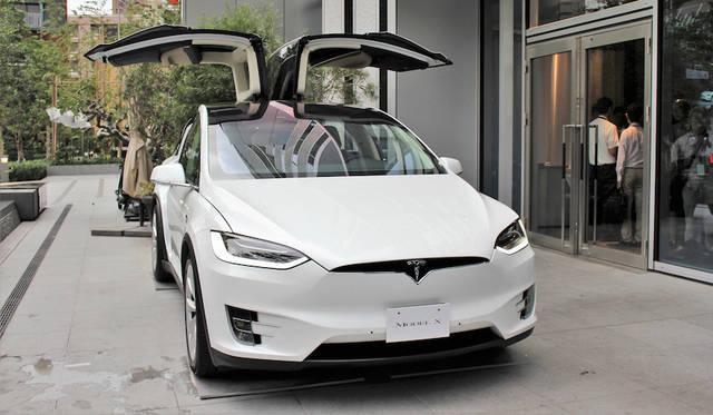 テスラのEV SUV「モデルX」国内販売を開始|Tesla ギャラリー