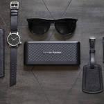 ビジネスパーソンに快適な機能を搭載。Bluetoothスピーカー「TRAVELER」|HARMAN ギャラリー