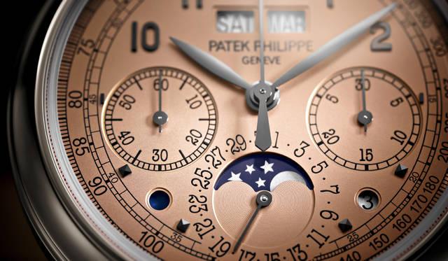 最新「永久カレンダー搭載クロノグラフ」は、希少なプラチナバージョン|PATEK PHILIPPE ギャラリー