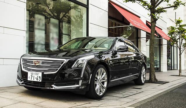 キャデラックとバーニーズ ニューヨークのコラボレーションキャンペーン開催|Cadillac ギャラリー