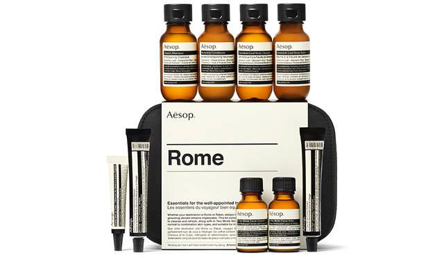 旅慣れたトラベラーが持つ必需品「ローマ シティー キット」|Aesop ギャラリー