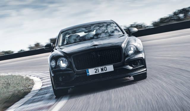 ベントレー新型フライングスパー、今月公開|Bentley ギャラリー