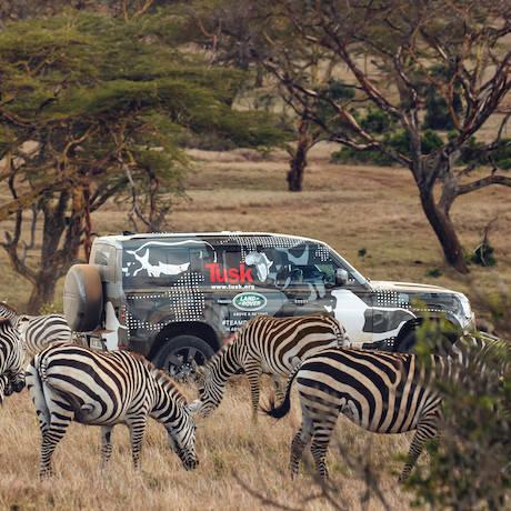 ケニアでフィールドテストした新型ディフェンダーの最新動画を公開|Land Rover ギャラリー