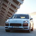 ポルシェ新型「カイエン Eハイブリッド」の予約受注を開始|Porsche ギャラリー