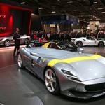 モンツァSP1とSP2をパリサロンで世界初公開|Ferrari ギャラリー