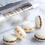 フランスの美食文化をぎゅっと閉じこんだマカロン「Macaron Gourmand by ドミニク・ブシェ」|EAT ギャラリー