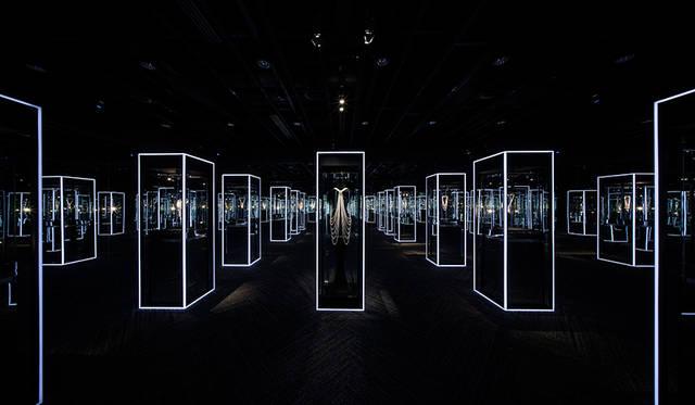 美と歴史を体感する「Feel the Pearl 感じるパール展」|MIKIMOTO ギャラリー