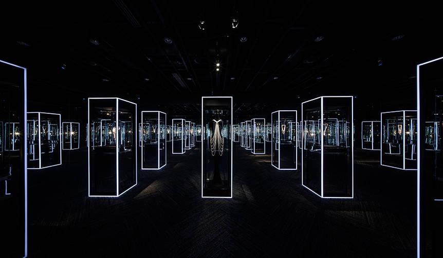美と歴史を体感する「Feel the Pearl 感じるパール展」|MIKIMOTO