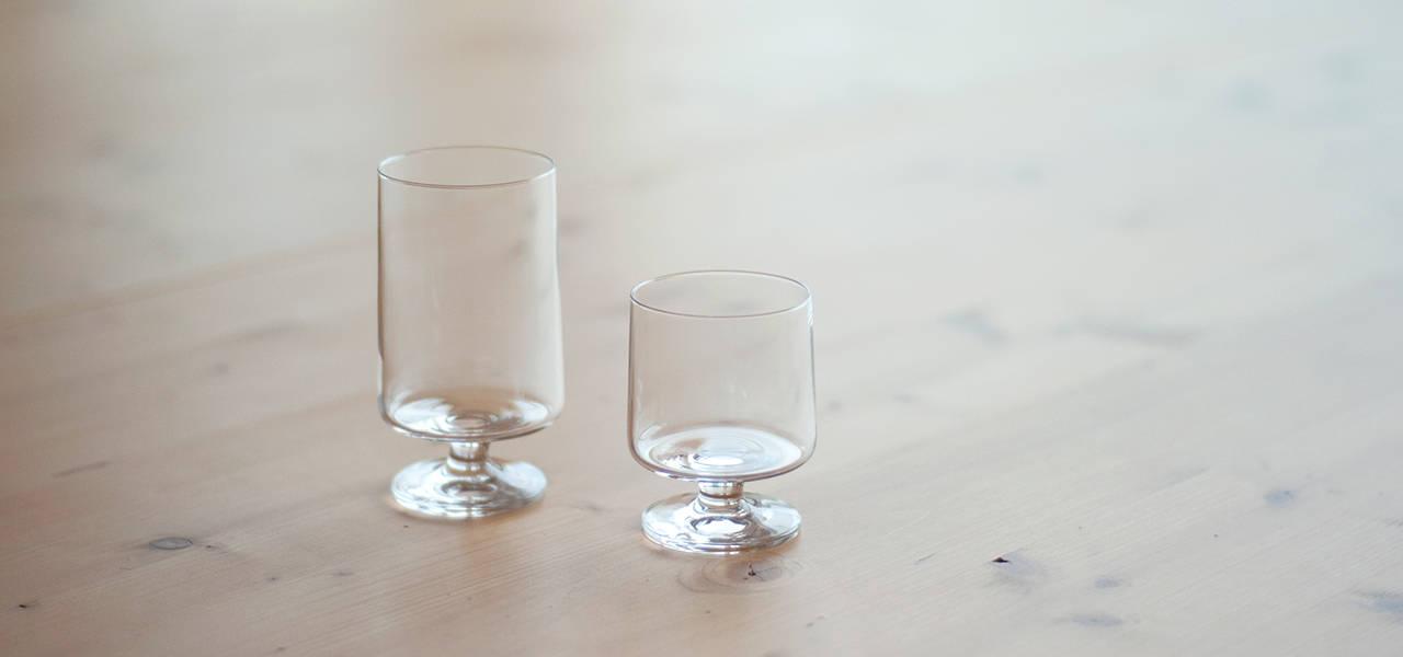 直線的な美しさとスタッキング可能な機能性を兼ね備えたグラス|HOLMEGAARD