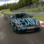 ポルシェ初の電動SUV「タイカン」がニュル最速新記録を達成|Porsche