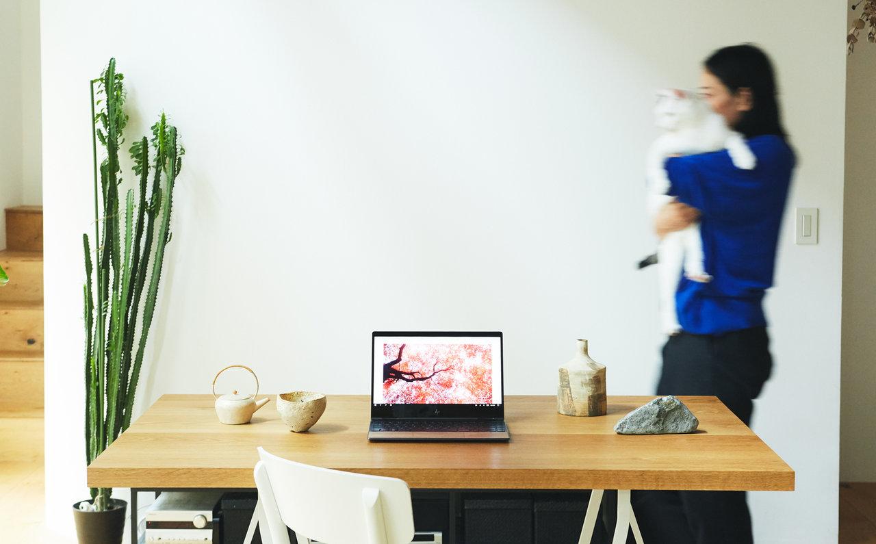 ナチュラルというコーディネート力を手に入れたノートパソコン HP ENVY x360 13 Wood Edition|HP