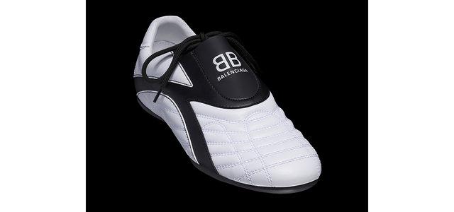 バレンシアガの軽量かつ薄底の新作スニーカー「ゼン」|BALENCIAGA