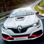 世界最速FFの称号を手にした世界生産500台限定のメガーヌR.S.トロフィーR|Renault