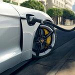 ポルシェジャパンが独自の充電インフラネットワークを展開|Porsche