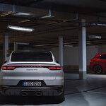 ポルシェ、8気筒エンジンを搭載した新型カイエンGTSを発売|Porsche