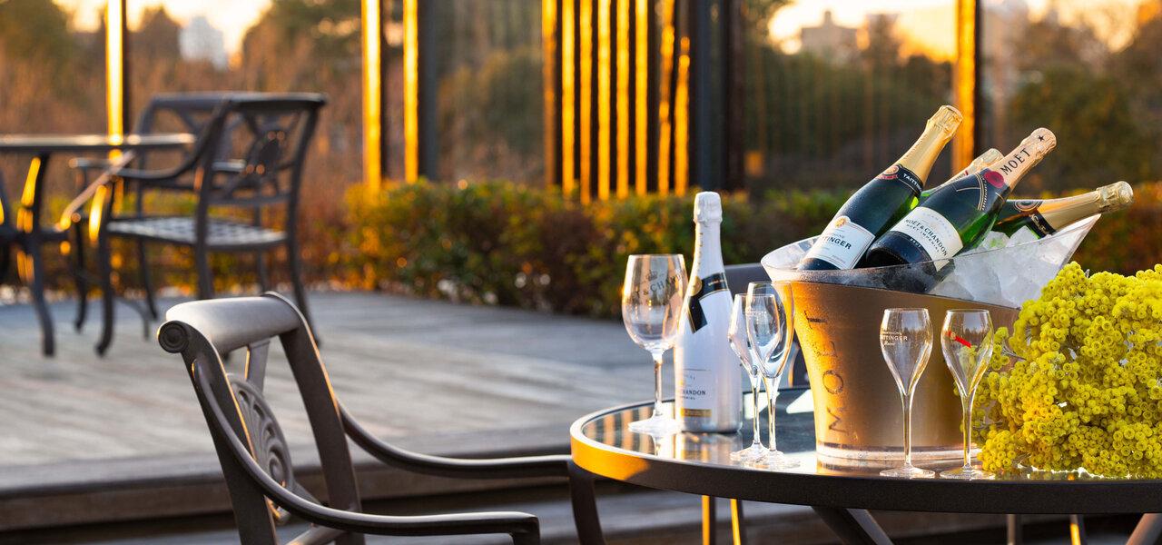 ホテル椿山荘東京がテラス席や空中庭園を利用したフリーフローイベントを開催 LOUNGE