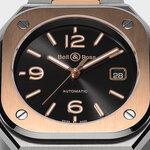 黒×金のスマートスタイル「BR 05 ブラック スティール&ゴールド」 Bell & Ross