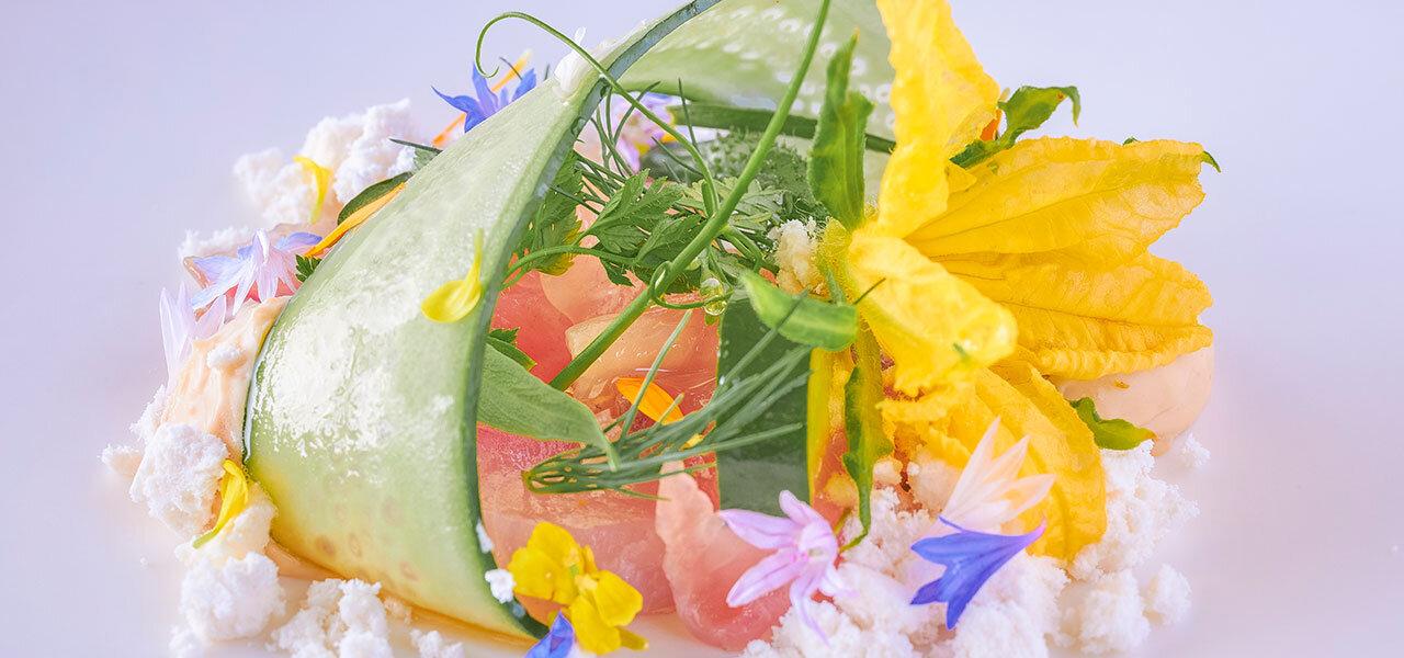 前菜 鯉と胡瓜のコンポジション